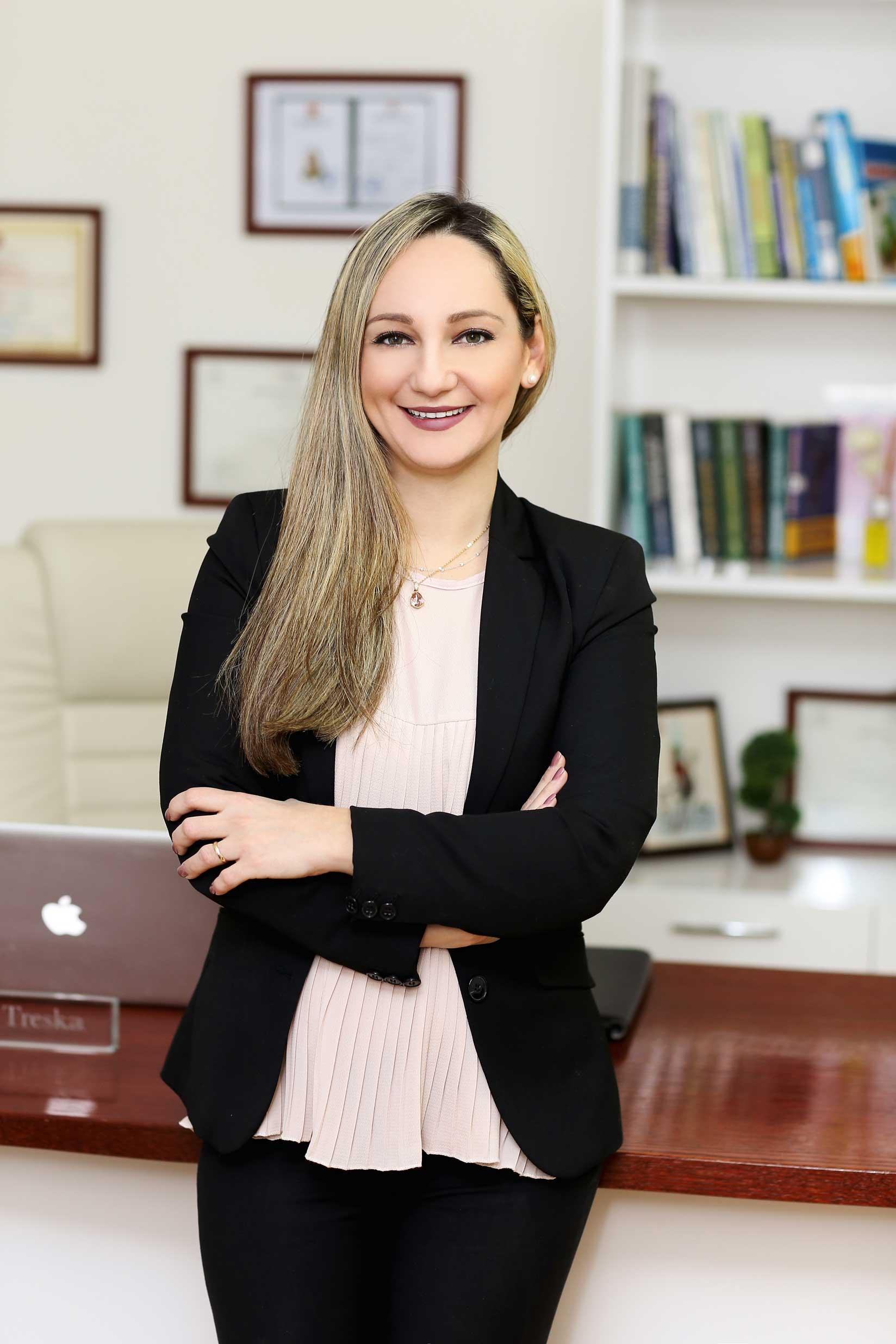 Dr.Valbona Treska